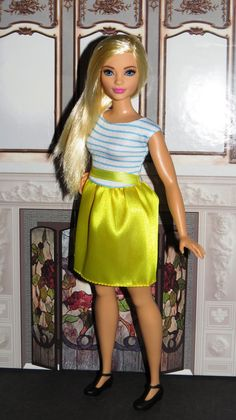 Curvy Barbie in DNT81 Barbie Fashion by Doll CafeVia... http://thedollcafe.tumblr.com/post/144258582869
