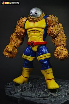 Onyxx custom action figure from the Marvel Legends series using hulk as the base, created by toymancustoms. Spider Cartoon, Marvel Legends Figures, Comic Room, Action Toys, Custom Action Figures, Comic Movies, Disney Marvel, Retro Toys, Comic Character