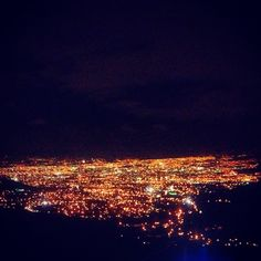 Vista Nocturna desde Aserri, Costa Rica