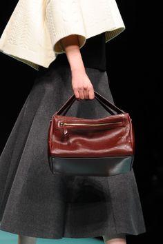 http://www.fashion-press.net/img/news/9942/anteprima_14aw_22.jpg