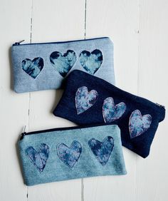 Tutorial: Shibori style denim heart pencil pouch