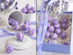 Неказистые получились, но вкусные! В прошлый раз шоколадные макаронc были покрасивше...однако, капризные эти французские штучки!)) Что нужно : выход - 55 шт. маленьких…