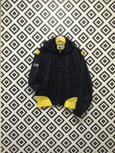 on sale Vintage Champion Windbreaker Hoodie Active Wear Size