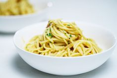 Australia's top-rated spaghetti carbonara Best Spaghetti, Spaghetti Recipes, Pasta Recipes, Cooking Recipes, Dinner Recipes, Casserole Recipes, Yummy Recipes, Vegan Recipes, Chicken