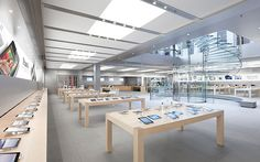 Apple Store, New York [5 Pictures including Interior]