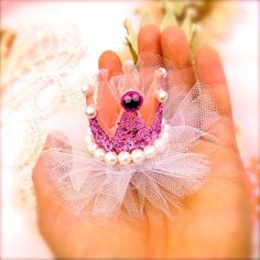 Princess Crown Hair Clip - Glitter Princess Party Accessory Prop | Todo Papel | Color Lace Paper Doilies & Pretty Stationery