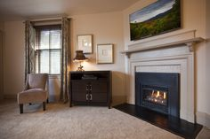 """The Thomas Wolfe room features a king bed, 47"""" HDTV, gas fireplace and spectacular bath!"""