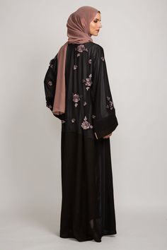 Shop a stunning selection of abayas, kimonos, hijabs & Islamic dresses for modest women with AbayaButh, the leading online store for modest Islamic fashion. Islamic Fashion, Muslim Fashion, Modest Fashion, Fashion Dresses, Hijab Gown, Parda, Modern Abaya, Niqab Fashion, Arabic Dress