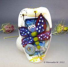 Winter Lilly  Handmade lampwork glass by ManuelasGlassArt on Etsy, $115.00
