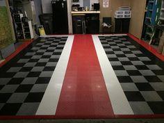 Designate Parking Spots With Your Garage Floor! Garage Gym, Garage Shop, Diy Garage, Garage Ideas, Garage Storage, Dream Garage, Garage Floor Mats, Garage Flooring, Motorbike Storage