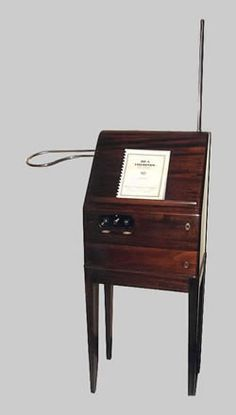 Theremin,Leon Theremin,Lev Sergeivitch Termen,theramin unusual early electronic musical instrument