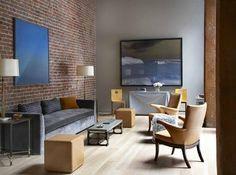 Decorando com Tijolinhos de Demolição:  Poucas coisas deixam um cantinho mais aconchegante do que uma parede de tijolinhos!! Uma forma simples mas criativa, dando ao seu ambiente uma cara mais contemporânea e rústica. O tijolo maciço, muito utilizado em construções antigas, acaba sendo um atrativo para salas, mas pode ser aplicado em outros ambientes e até mesmo em áreas externas.  Venha nos visitar e conferir essa dica! #sala #decoração #design #interiores www.atelieramalfi.com.br