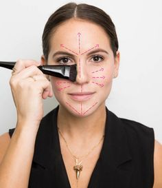 Makeup and Hair Tips That Beauty Experts Swear By The right way to apply foundation makeup, plus more makeup application tips and tricks from beauty experts: Makeup Tips, Beauty Makeup, Hair Makeup, Hair Beauty, Makeup Ideas, How To Apply Foundation, No Foundation Makeup, Liquid Foundation, Beauty Secrets