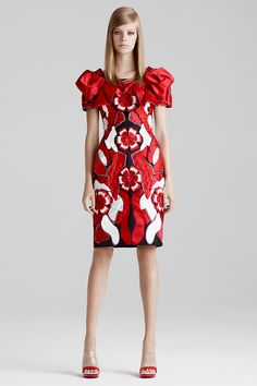 Alexander McQueen Resort 2015 - Review - Fashion Week - Runway, Fashion Shows and Collections - Vogue