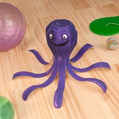 Toy Story 3 - Stretch the Octopus Paper Toy - by Spoonful - == - Stretch, the Octopus, from Toy Story 3 movie, is a fun-loving under-the-sea octopus friend that shines in glittery purple. This nice paper toy came from Spoonful website. Toy Story 3 Movie, Toy Story Baby, Toy Story Theme, Festa Toy Story, Toy Story Birthday, Birthday Fun, Club Penguin, Harry Potter 2, Disney Toys