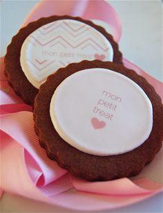 mon petit treat logo cookies