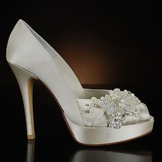I'm willing to get married again just so I can wear these shoes. stuart weitzman shoes - Bing Images