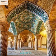 اردیبهشت بزرگداشت شیخ بهایی و روز معمار