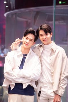 Foolish Asian Drama Life : En of Love รักวุ่นๆของหนุ่มวิศวะ Young Engineers, Love Cast, Theory Of Love, Couple Aesthetic, Cute Gay Couples, Thai Drama, Cute Actors, Romantic Love, Series Movies