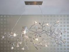 L& Choice: 10 Sensational Light Sculptures - L& Essenziale Patio Lighting, Dining Room Lighting, Lighting Ideas, Home Design Decor, Interior Design Inspiration, Home Decor, Design Ideas, Branch Chandelier, Chandeliers