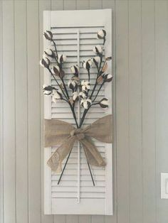 Persienne / Shutter DIY chalk plaint project I bought this old shutter in a ga… – 2019 - Cotton Diy Painting Shutters, Diy Shutters, Decorating With Shutters, Farmhouse Shutters, Repurposed Shutters, Decorating With Cotton, Window Shutters Decor, Country Shutters, Plastic Shutters
