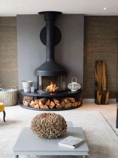 Home Fireplace, Fireplace Design, Fireplaces, Home Living Room, Living Room Decor, My Dream Home, Home Interior Design, Sweet Home, New Homes
