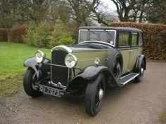 1932 Humber 16/50 Saloon Retro Cars, Vintage Cars, Antique Cars, Cars Uk, Old Trucks, Car Car, Car Parking, Old Cars, Motor Car