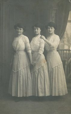 Three beautiful sisters during the Edwardian era (1911).