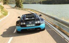 Bugatti Veyron 16.4 - on coastal road
