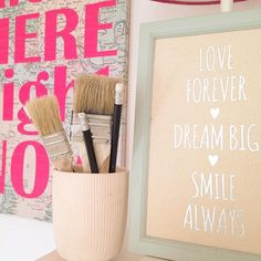 love forever, dream big, smile always! #new#deco#quote#qotd#pink#silver#blue#art#diy#sweethome#saturday#weekend#enjoy#holidaysarecoming#family#friends#farbgold www.farbgold-design.de