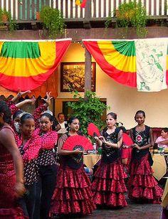 Celebrating Old Spanish Days at El Paseo