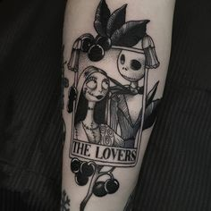 Cute Tattoos For Women, Sleeve Tattoos For Women, Retro Tattoos, Dope Tattoos, Tim Burton, Spooky Tattoos, Horror Tattoos, Cute Halloween Tattoos, Jack Tattoo