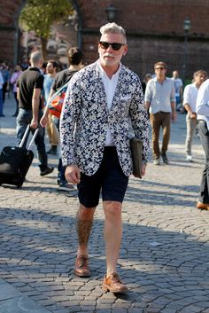 flower power -- Nick Wooster showing how to rock floral // menswear street style
