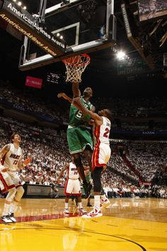 Kevin Garnett throws down a vicious dunk in Game 5 of the Eastern Conference Finals, Boston Celtics