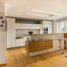 Hledáte inspiraci na nové bydlení? Na Favi.cz najdete jak inspirace na nové bydlení tak krásné produkty. Modern Kitchen Cabinets, Kitchen Cabinet Design, Ikea Kitchen, Home Decor Kitchen, Loft Room, Kitchen Styling, Cool Kitchens, Home Goods, Home Appliances