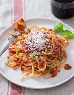 Pasta with Tomato Sa