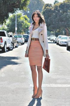 Love the orange stripes with the simple tank. And the jacket is so dang cute with this outfit. Summer Work Outfits, Spring Outfits, Classy Outfits, Cute Outfits, Trendy Outfits, Vogue, Michael Kors, Vintage Skirt, Mode Inspiration
