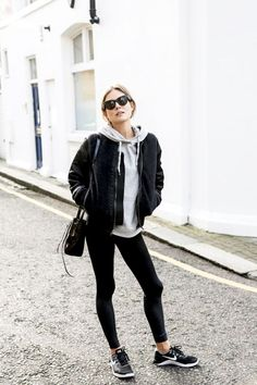 athleisure outfit ideas - leggings and sneakers