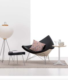 The 5451 and 5452 Nelson Tables are both practical, versatile and stylish.