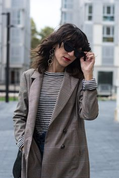 Checked  Blazer / Americana de cuadros Zara – AW 17-18 Striped Tee & Other Stories – Old  Culotte Jeans Zara – Old  Cat eye sunnies Mango – AW  Pink Sandals Topshop – Old