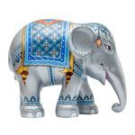 Buy the Elephant Parade 20 cm Royal Elephant Silver hand painted elephant sculpture from homeArama and support the Asian Elephant Foundation. Thai Elephant, Elephant Love, Elephant Art, Elephant Stuff, Elephant Information, African Forest Elephant, All About Elephants, Elephas Maximus, Elephant Pictures
