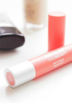 A sweep of Revlon Colorburst Matte Balm in this playful coral and you're out the door! Nothing beats quick and easy lip color that's no fuss—and still leaves you looking fabulous. Check out the color range to find the perfect shade for you!
