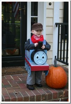 DIY Tutorial Thomas the Tank Engine Halloween Costume. William would have loved this!