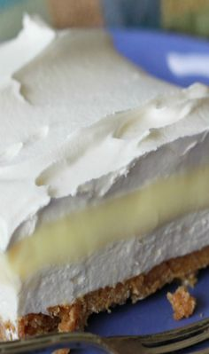 Lemon Icebox Delight--pinning this for the first layer and then use a can of lemon pie filling and top with cool whip. Lemon Desserts, Lemon Recipes, Frozen Desserts, No Bake Desserts, Just Desserts, Sweet Recipes, Dessert Recipes, Icebox Desserts, Yummy Treats