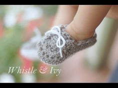 Start with the sole video found here: http://goo.gl/9ZwDNg Make these adorable crochet baby booties! These are size 3-6 months. You can find 3 other sizes in...