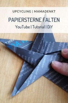 Papiersterne falten You are in the right place about diy origami tutorial Here we offer you the most Upcycled Home Decor, Upcycled Crafts, Christmas Origami, Christmas Crafts, Xmas, Folded Paper Stars, Instruções Origami, Origami Bird, Origami Design