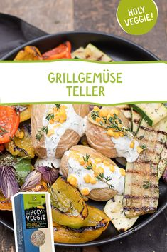Die Grillparty kann beginnen! Vegetarier werden sich freuen, denn mit unserem - speziell für Grillgemüse entwickelten - Bio Grill Kräutermix, gelingt es immer! #holyveggie #grillgewürz #grillsalz #grillmarinade #vegetarischgrillen #vegetarisch #vegetarier #veggie #rezeptidee #sommer #bbq #grill #grillen Clean Eating, Holi, Grilling, Bbq, Veggies, Low Carb, Meals, Friends, Meatless Recipes