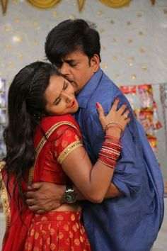 Bairi kangana movie still kajal and ravi kishan 10 Romantic Couple Images, Couples Images, Romantic Couples, Couple Photos, Beauty Full Girl, Beauty Women, Ravi Kishan, Kiran Rathod, Indian Actress Pics