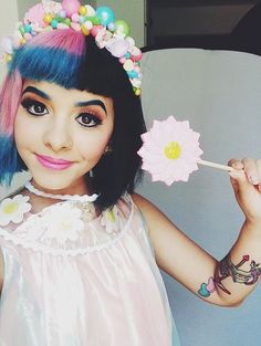 melanie martinez the beautiful crybaby Melanie Martinez Style, Melanie Martinez Makeup, Melanie Martinez Quotes, Paramore, Cry Baby Album, She Song, My Escape, Crybaby, Crazy People