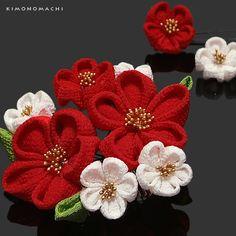 振袖 つまみ細工のお花の髪飾り3点セット 「赤×白色 ふっくらつまみのお花」成人式 前撮り 結婚式 <H>【メール便不可】【楽天市場】